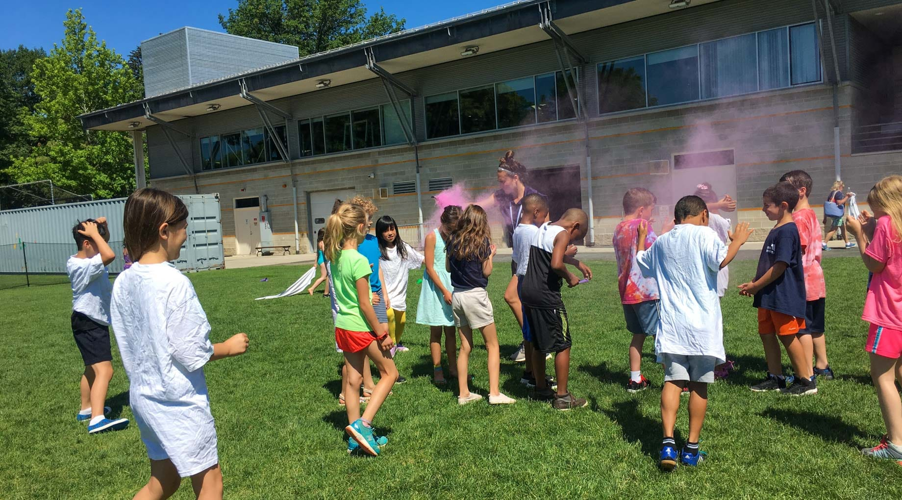 Color throwing party